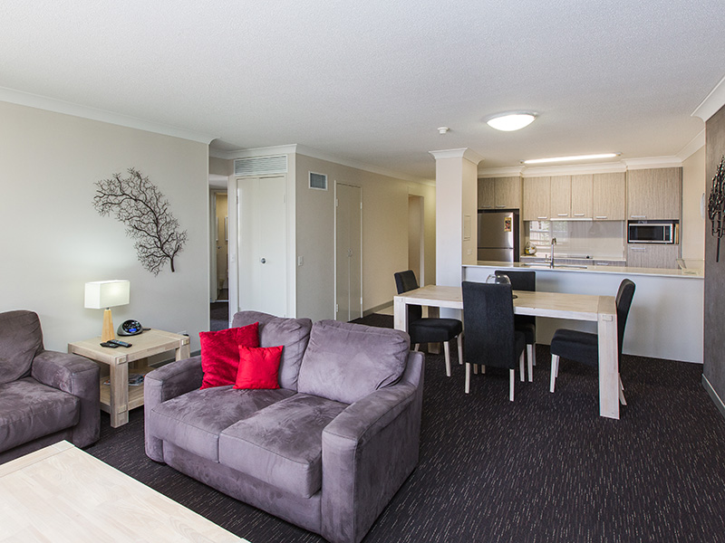 Two Bedroom Unit Close to Mater Hospital and Southbank Parklands