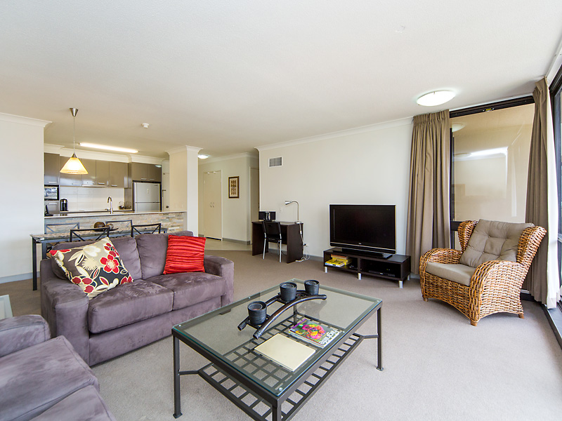 One Bedroom Next to the Mater Hospital-Free Parking and Wifi