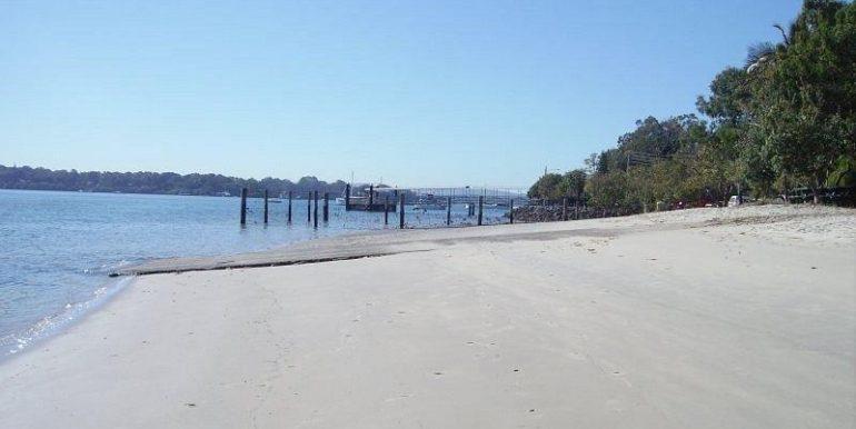 144-treasure-island-avenue-karragarra-island-qld-4184-real-estate-photo-3-xlarge-10085915